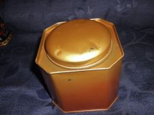 COLLECTABLE BUTTER TOFFEE EMPTY TIN OCTAGONAL PEACH GOLD TONE M&S